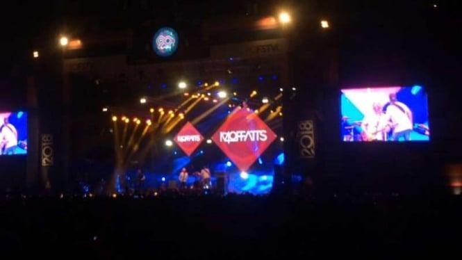The Moffatts Hebohkan Panggung The 90's Festival – Viva