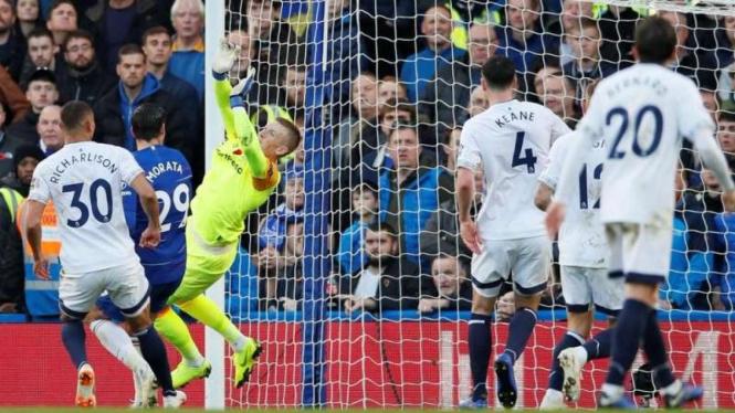 Performa Solid Everton Bikin Chelsea Mati Kutu Di Babak Pertama