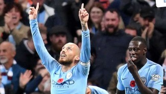 Pemain Manchester City, David Silva (kiri)