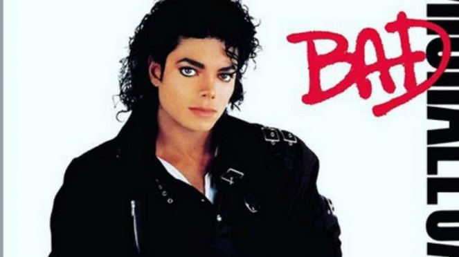 Michael Jackson kenakan jaket kulit ikonik untuk cover album Bad