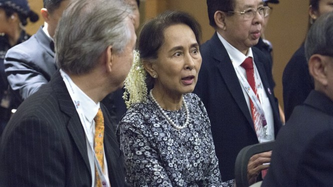 Amnesty International Cabut Penghargaan Tertinggi Aung San Suu Kyi