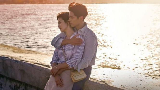 Song Hye Kyo dan Park Bo Gum