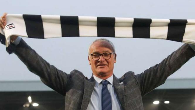 Manajer Fulham, Claudio Ranieri.
