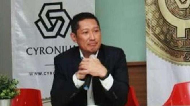 Founder Cyronium, Mardigu Wowiek Prasantyo