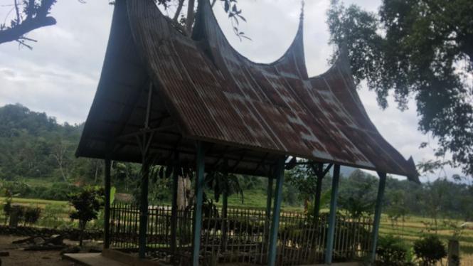 Makam Syech Ibrahim di Minangkabau