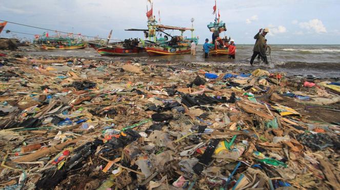 Laut Indonesia Darurat Sampah Plastik
