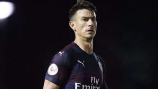 https://thumb.viva.co.id/media/frontend/thumbs3/2018/11/27/5bfcf6b25be94-kapten-arsenal-laurent-koscielny_325_183.jpg