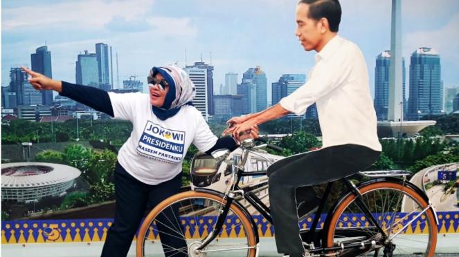 Gaya kampanye dengan bikin spot swafoto Jokowi