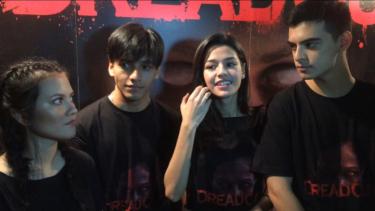 Jefri Nichol (kedua dari kiri) dan para pemain film DreadOut.