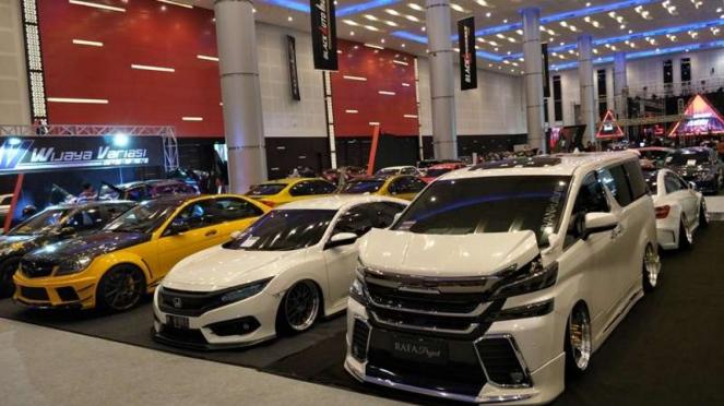 Mobil Modifikasi Tahun Ini di Surabaya