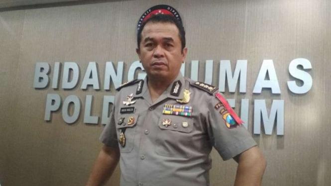 Kepala Bidang Hubungan Masyarakat Polda Jatim, Komisaris Besar Polisi Frans Barung Mangera.