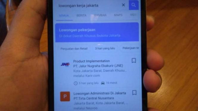 Aplikasi mobile 'Jobs on Google Search'.