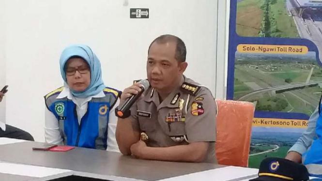 Kepala Bagian Operasional Lalu Lintas Polri, Komisaris Besar Polisi Benyamin, dalam konferensi pers di kantor Jasa Marga Kota Semarang, Jumat, 7 Desember 2018.