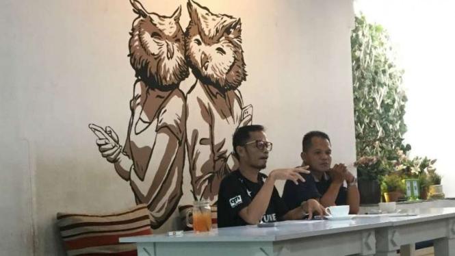 Koordinator tim survei Kaukus Mahasiswa, Indra, dalam konferensi pers pemaparan hasil surveinya di Bandung, Jumat, 7 Desember 2018.