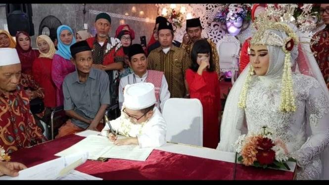 Daus Mini menikah untuk yang ketiga kalinya.