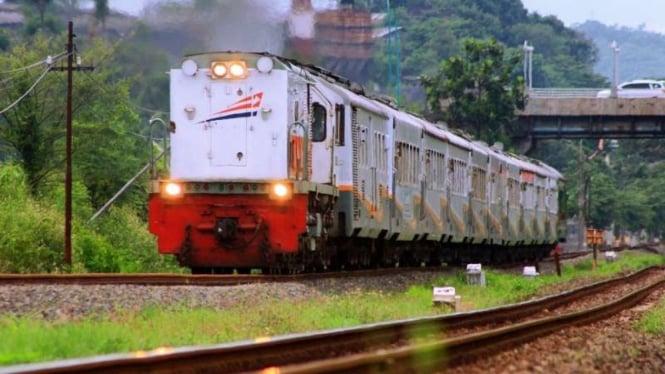 Ilustrasi kereta api PT KAI