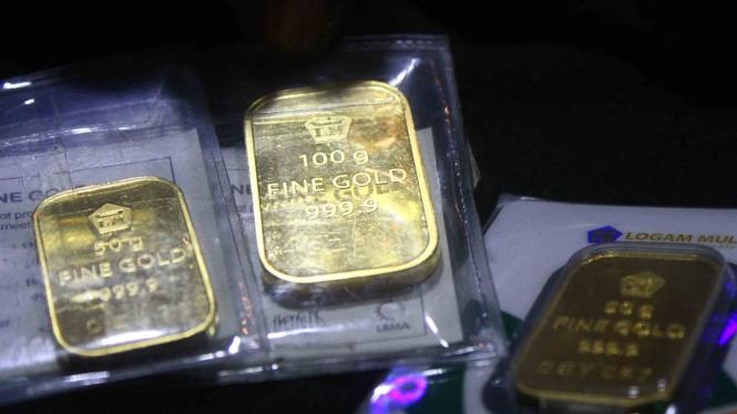 Harga Emas Antam Merosot Rp8000 Per Gram Di Akhir Pekan Viva