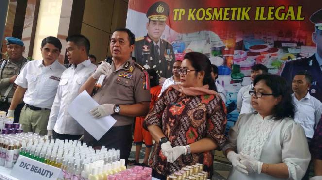 Gelar perkara kasus kosmetik endorse artis di Surabaya, Jawa Timur