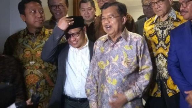 Debat Pilpres, Wapres Jk Nonton Bareng Wartawan