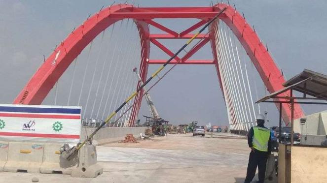 Jembatan Kalikuto Tol Trans Jawa ruas Semarang-Batang