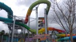 https://thumb.viva.co.id/media/frontend/thumbs3/2018/12/22/5c1e0844a63c3-jet-coaster-slide-di-hawai-waterpark-malang_151_85.jpg