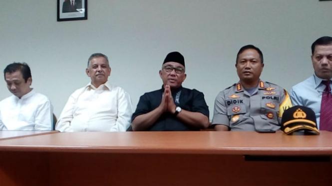 Dirut PLN bersama Wali Kota dan Kapolres Depok kunjungi korban tsunami