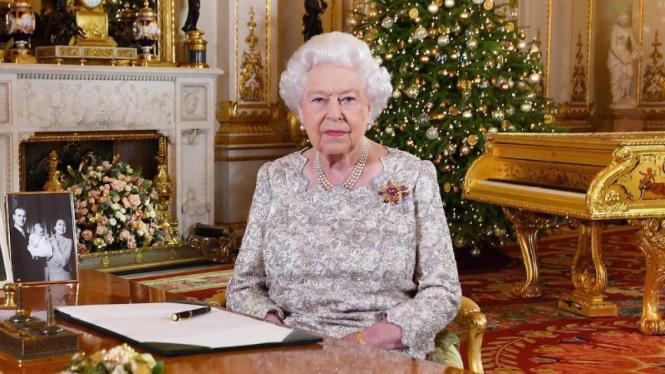 Ratu Elizabeth II/Ratu Inggris.