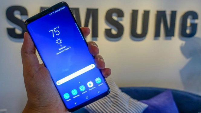 Samsung Galaxy S10.