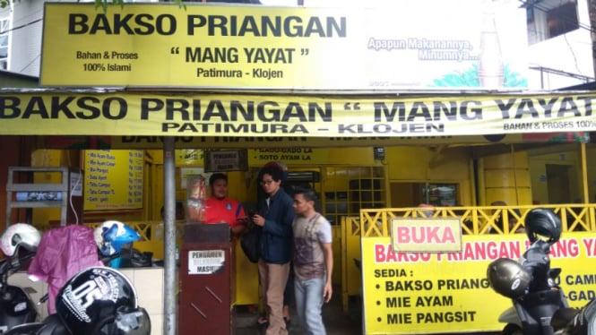 Warung Bakso Priangan Mang Yayat di Malang, Jawa Timur.