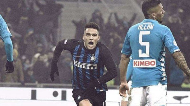 Striker Inter Milan, Lautaro Martinez, rayakan gol.