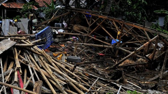 Pasca Tsunami Banten