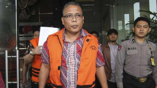Pejabat Pembuat Komitmen (PPK) SPAM Lampung Anggiat Partunggal Nahot di KPK