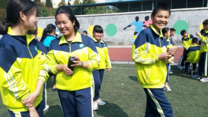 Seragam sekolah di China dilengkapi chip