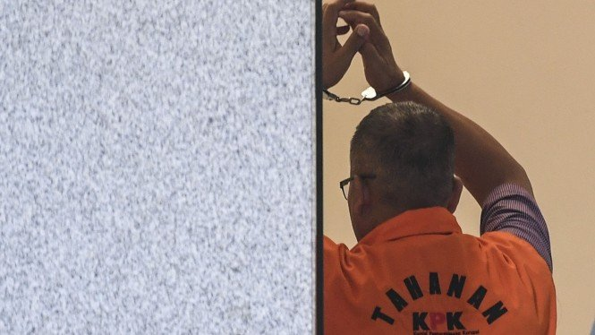 Ilustrasi tahanan KPK diborgol