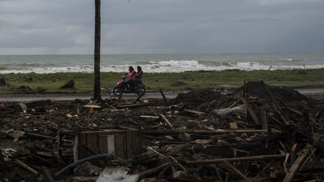 Dampak Tsunami Selat Sunda