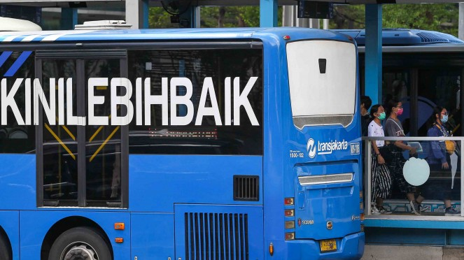 Ilustrasi penumpang bus Transjakarta