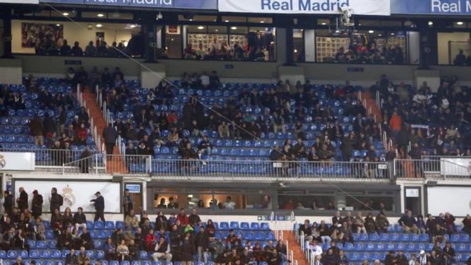 Kandang Real Madrid, Santiago Bernabeu, kosong