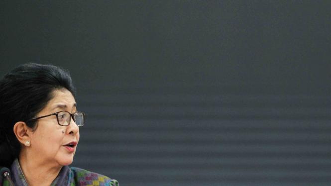 Menteri Kesehatan, Nila F Moeloek.