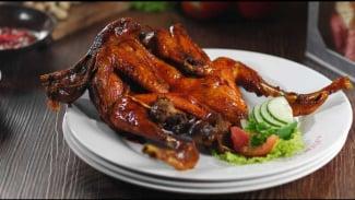 Ayam bakar.