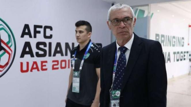 Pelatih Timnas Uzbekistan, Hector Cuper