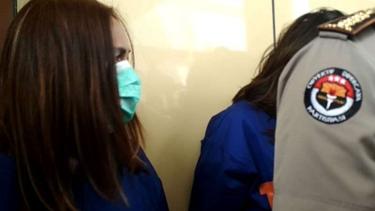 Dua muncikari kasus prostitusi online Vanessa Angel dan Avriellia Shaqqila.