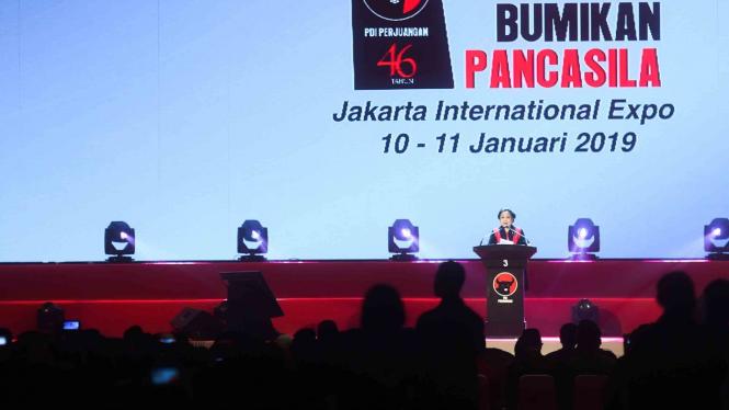 Ketua Umum PDI Perjuangan Megawati Sukarnoputri menyampaikan pidato dalam peringatan HUT PDI Perjuangan ke-46 di JIExpo Kemayoran, Jakarta, Kamis, 10 Januari 2019.