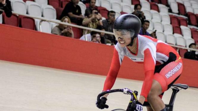 Pembalap sepeda putri Indonesia, Chrismonita Dwi Putri