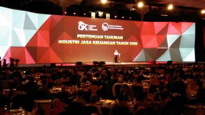 Pertemuan Industri Jasa   Keuangan 2019 di Hotel Ritz Carlton, PP, Jakarta