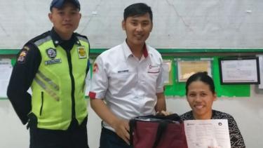 Pemilik tas berisi Rp40 juta yang tertinggal di KRL