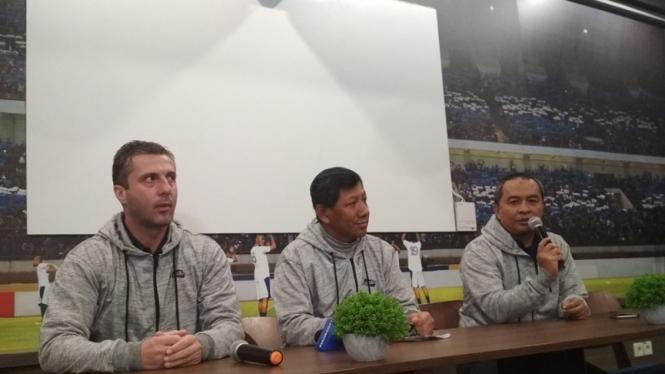 Konferensi pers Persib Bandung