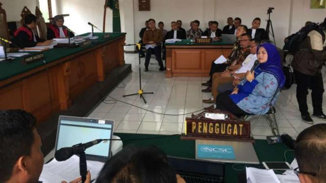 Bupati Bekasi nonaktif Neneng Hasanah Yasin