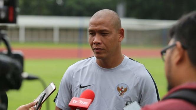 Asisten pelatih Timnas Indonesia U-19, Nova Arianto