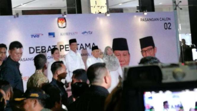 Pasangan Jokowi-ma'ruf Tiba Di Lokasi Debat