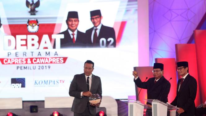 Sindir Prabowo Jangan Grasa Grusu, Jokowi Soroti Hoax Ratna Sarumpaet